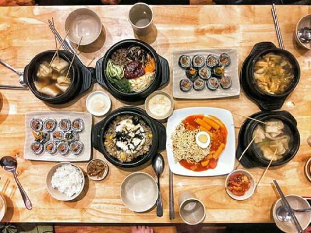 Quán ăn Hàn Quốc giá rẻ bình dân busan