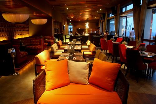 thiết kế quán cà phê chủ đề tình yêu