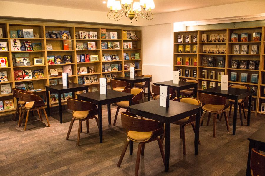 mô hình kinh doanh cà phê sách tại sài gòn