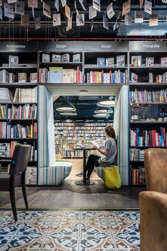 Mở quán cà phê sách